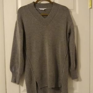 Time and Tru v-neck sweater size M